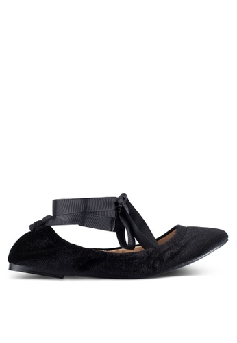 ZALORA 黑色 絲絨 花邊 Ballet 平底鞋 328CAZZ57D4D1CGS_1