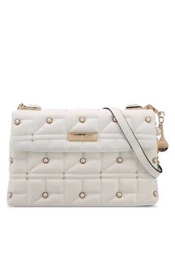 River Island white PEARL AND QUILT UNDERARM 25D2AACBE3B718GS_1