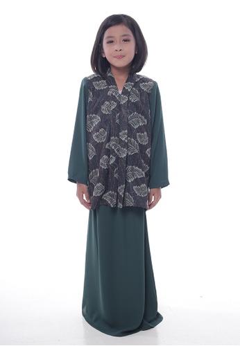 Denai Boutique green Baju Kurung Lawra A69D5KA3CD1E8EGS_1
