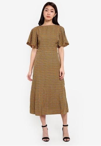 ZALORA yellow Side Slit Midi Dress C0BAAAA637C7E7GS_1