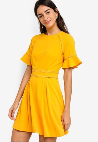 ZALORA yellow Raglan Sleeves Dress With Trimming 4309FAA1E19BEEGS_1