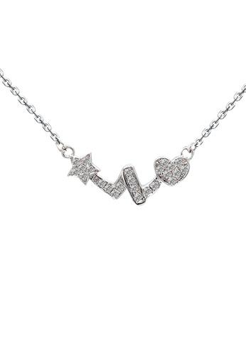 Diamondsmith Diamondsmith 18k Diamond Pendant in White Gold with Necklace FFE05ACBCD1E28GS_1