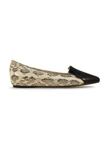 Gripz black Hiss Patent Loafers GR357SH65IOSSG_1