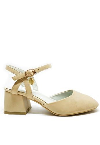 Twenty Eight Shoes beige Ankle Strap Middle Heels C7E22SHF61CE5DGS_1