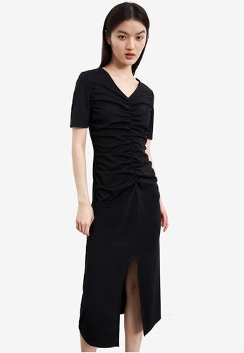 URBAN REVIVO black Ruched Dress A4885AAD8F2172GS_1