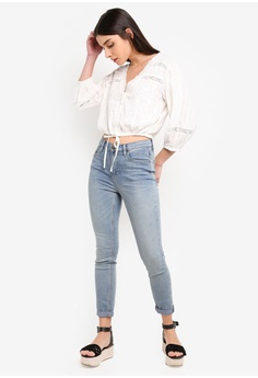 b0f7a55492 67% OFF Free People Rolled Crop Skinny Jeans RM 349.00 NOW RM 113.90 Sizes  26 in 28 in 29 in 30 in