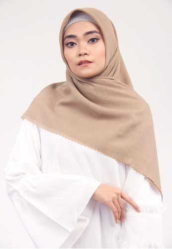 Cantik Kerudung beige KYLIE SQUARE SHAWL 4C2ABAACFCD150GS_1