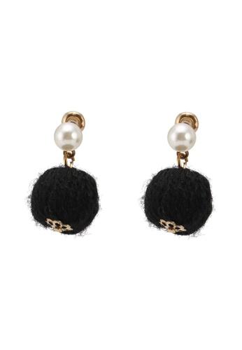 Red's Revenge black Woolen Bauble Stud Earrings 6317DACDD8260BGS_1