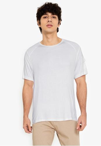 ZALORA BASICS white Side Flap Pocket T-shirt E1798AACA25F4EGS_1