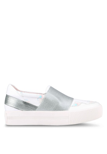House of Avenues white Floral Print Slip Ons HO685SH0RRB9MY_1