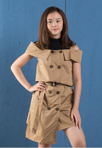 Feather & Flynn brown Feather & Flynn KVxClarice - Khloe Trench Dress E0832KAE7794B9GS_1