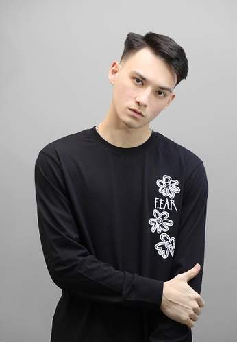 F.E.A.R black FEAR WHAT GOES AROUND COMES AROUND GRAPHIC LONG SLEEVE (BLACK) C1F16AAE01A92EGS_1