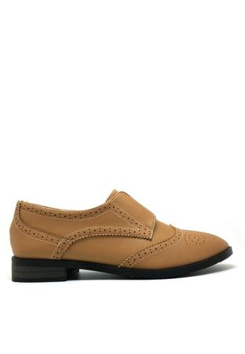 Twenty Eight Shoes brown Elastic Oxford Shoes 923-24 DA7A3SHE2223CCGS_1