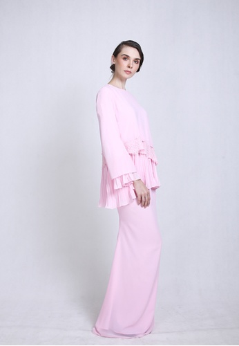 SURI KURUNG from CLOTHESOLOGY in pink_1