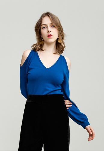 KLAPS blue Cold Shoulder V-neck Top 4F236AA758127BGS_1