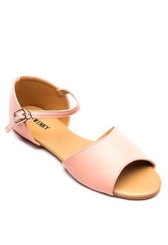 Fern Flat Sandals