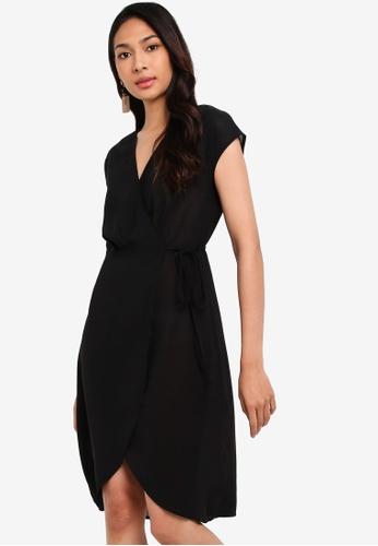 ZALORA black Overlap Extended Sleeves Dress D1923AA53262DCGS_1