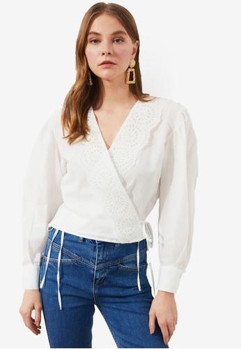 Trendyol white Embroidery Trim Blouse 87B34AA7E9C061GS_1