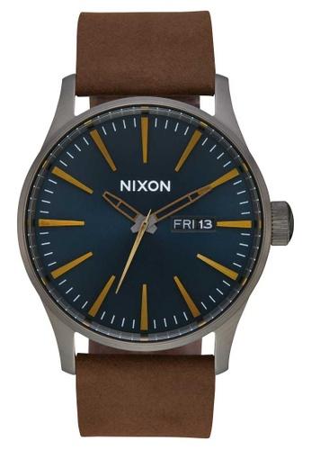 Nixon brown Nixon - Sentry Leather Watch - Gunmetal / Indigo / Brown (A1052984) 57B4FAC728A0F7GS_1