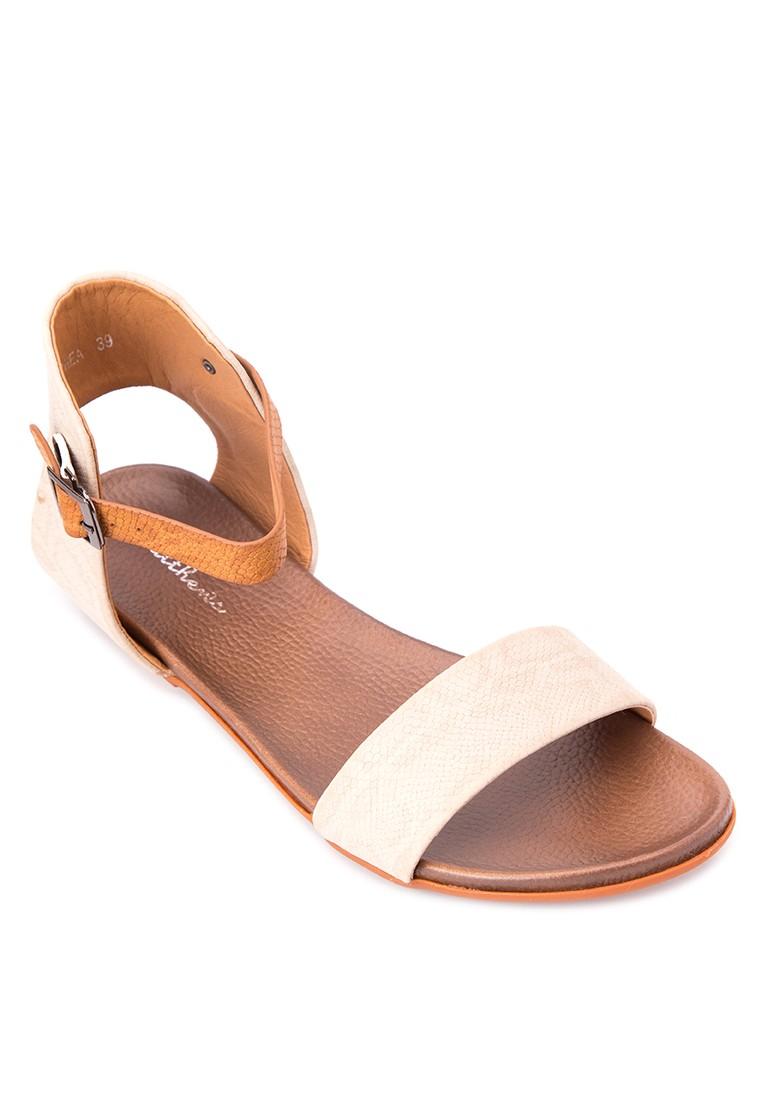 Rhea Flat Sandals