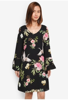 acceb0cf679 Psst... we have already received your request. Wallis. Black Oriental Bird  Flute Sleeve Dress