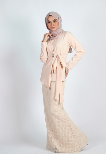 SURIA WRAP KURUNG from Coudre Kuala Lumpur in yellow and gold and beige_1