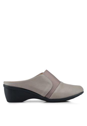 Noveni 米褐色 舒適懶人楔型鞋 76E11SH33F14F9GS_1
