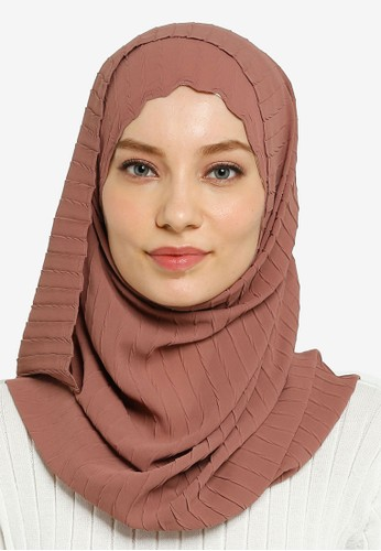 Hijabii brown Lily Textured Chiffon Scarf in Light Brown 6AD23AACE58299GS_1