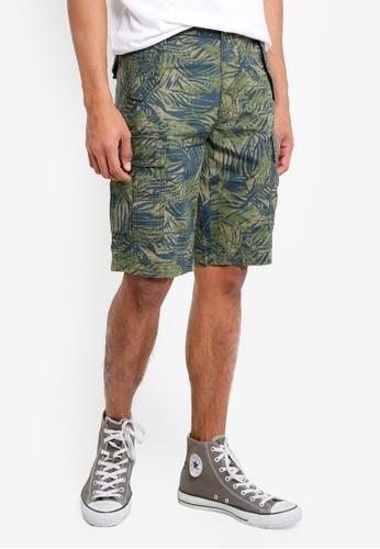 United Colors of Benetton 綠色 椰林印花側口袋短褲 362B1AAA833664GS_1
