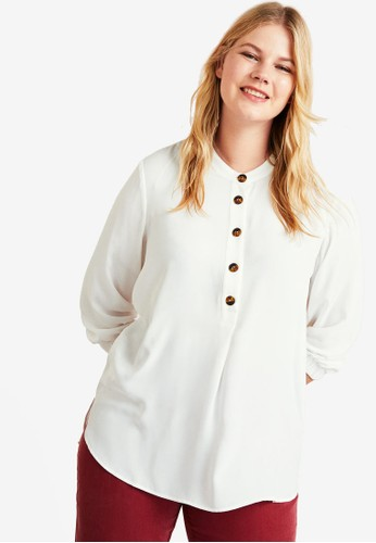 Violeta by MANGO white Plus Size Buttoned Flowy Blouse 0F846AA89BB30FGS_1
