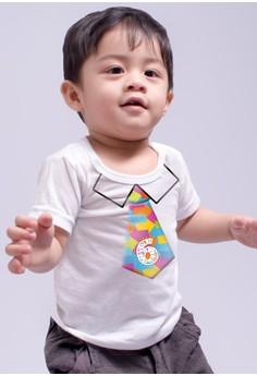Monthly baby milestone - Cute necktie (6 months)