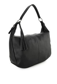 Brian and Joanne Ludigo Shoulder Bags Rp 499.000. Ukuran One Size 2467f8abc6