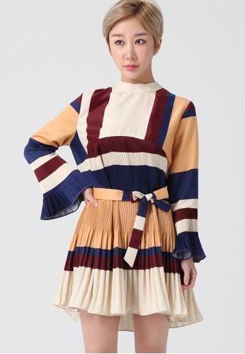 韓流時尚 長袖百褶連esprit地址衣裙 F4119, 服飾, 及膝洋裝