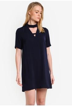 【ZALORA】 High 領 Cut Out 短袖 Shift 連衣裙