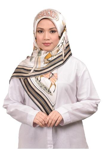 FATIMÉ multi Satin Square Hijab Hermes (Cream) 108F1AA045664EGS_1