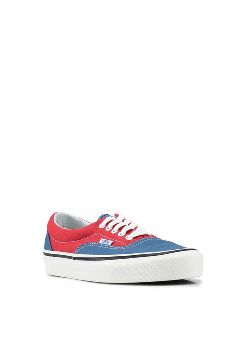 8dd9a3d721 Buy VANS Malaysia Collection Online