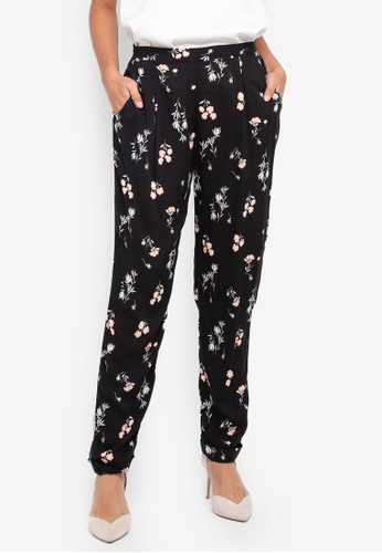 Dorothy Perkins black Black Ditsy Flower Joggers F978AAAFF91EE4GS_1