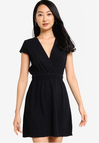 ZALORA BASICS 黑色 短洋裝 with 腰圍Detail 7F70CAA1047CCEGS_1