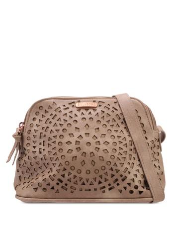 Billabong brown Zoe Carry Bag 86660ACF899EB0GS_1