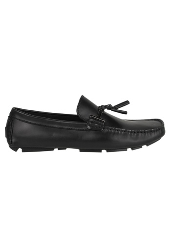 Tomaz black Tomaz C004A Buckled Tassel Loafers (BLACK) 150A6SH5750604GS_1