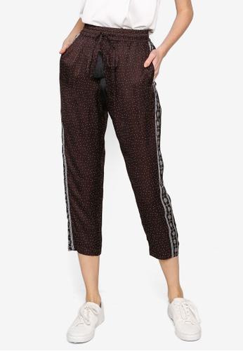 Hopeshow brown Sporty Polka Dot Capri Pants with Elastic Waistband EF0FBAA56CA2FEGS_1
