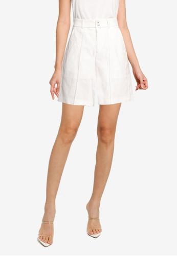 URBAN REVIVO white Cotton-Linen Shorts 610DAAA6AAC87DGS_1