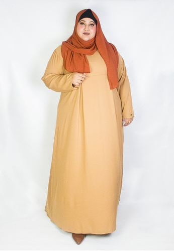 Zaryluq brown and beige Curve Pleated Dress in Spicy Chai 2BC15AABC6B3E6GS_1