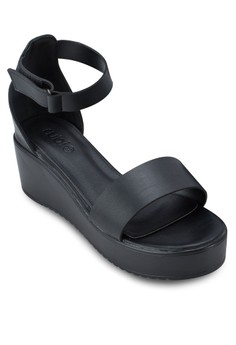 Tyra Wedges