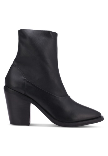 TOPSHOP black May 2 Leather Ankle Boots TO412SH0S30AMY_1