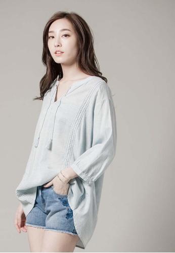 H:CONNECT blue V-Neck Crochet Detail Shirt 3BFE4AA0A3B3F3GS_1