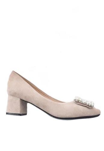 Twenty Eight Shoes 方頭珍珠扣絨面高踭鞋1270-12 9BA7FSH529D496GS_1
