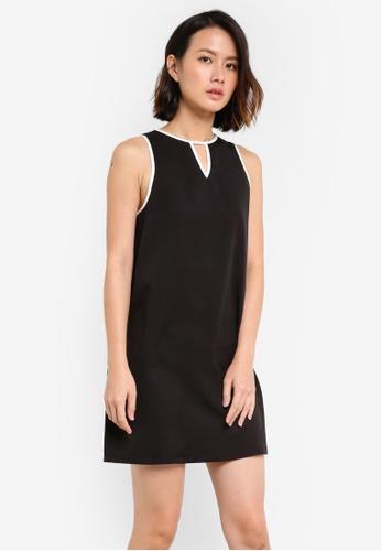 ZALORA black Essential Sleeveless Keyhole Dress B5031AA6F9F302GS_1