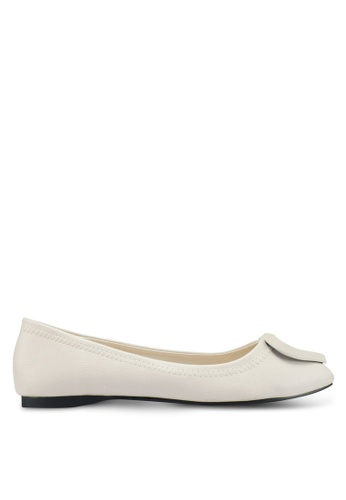Mimosa white Faux Leather Flats 5E7F9SH3FB011DGS_1