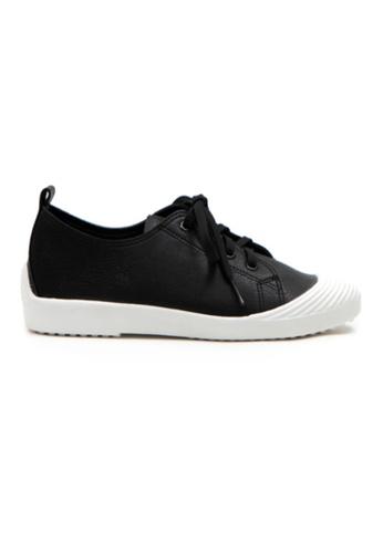 Crystal Korea Fashion 黑色 韓國製新款百搭輕便平底休閒鞋 3C652SH07CD6E5GS_1